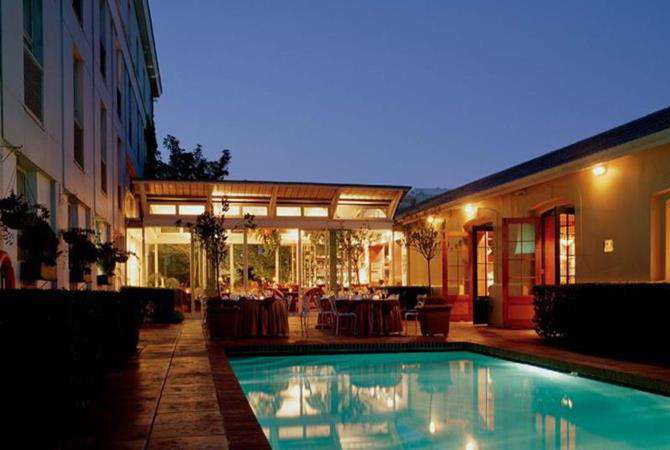 Portswood Hotel / V and A Waterfront Hotels / Cape Town Accommodation